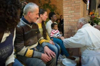 The Pope will wash the feet of twelve guests of the reception centre in Castelnuovo di Porto Holy Thursday among refugees